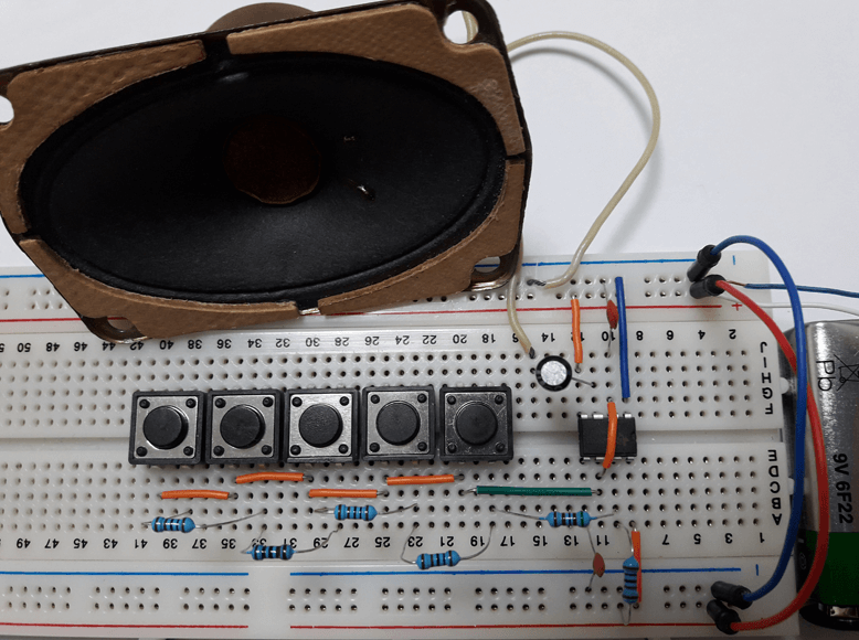 5 Tones Electronic Piano Using 555 Timer (Designed Circuit)