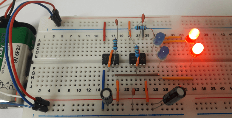 Police LED Flasher Using 555 Timers (Designed Circuit)
